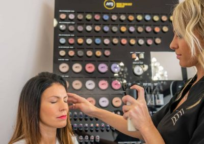 Armonia Istituto di bellezza Make up